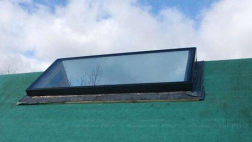 Black aluminium rooflight