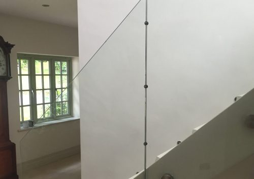 Frameless stair railing glass balustrade