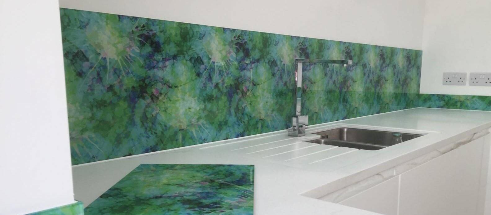 digitally printed green splash back with chopping board cropped